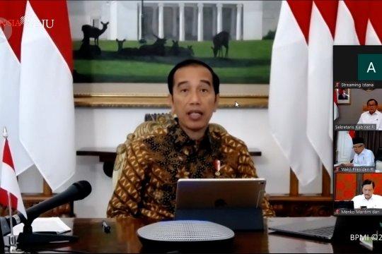 Jokowi minta pengadaan APD dipercepat dan prioritas dari dalam negeri