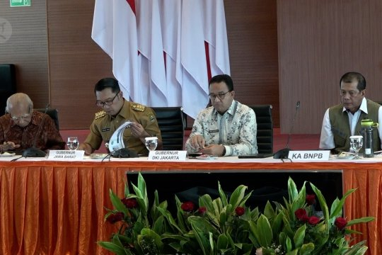 Anies dan Ridwan Kamil sampaikan soal banjir, BNPB minta revisi Perpres