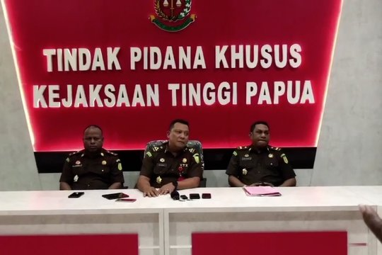 Kejati Papua tetapkan Bupati Waropen sebagai tersangka