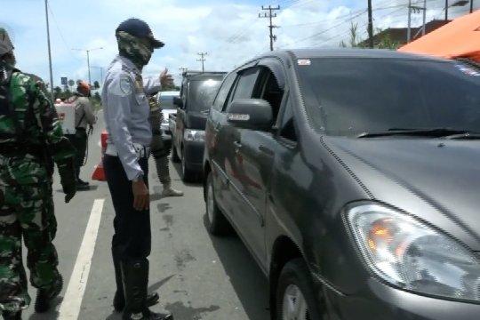 Pemerintah Kota Padang mulai batasi warga keluar malam