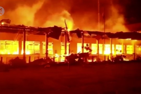Kebakaran hanguskan 9 ruang praktik di SMKN 4 Kendari