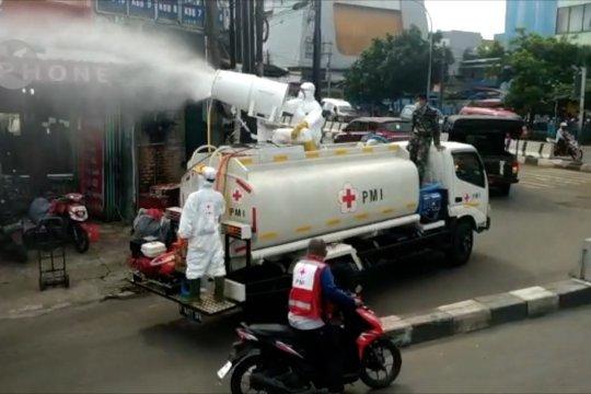 Ada 600 titik semprot disinfektan massal per hari di DKI