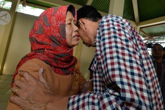 Sujiatmi, ibu sang pemasok energi bagi Jokowi