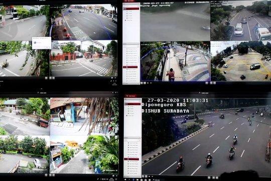 Surabaya berlakukan kawasan tertib pembatasan jarak fisik