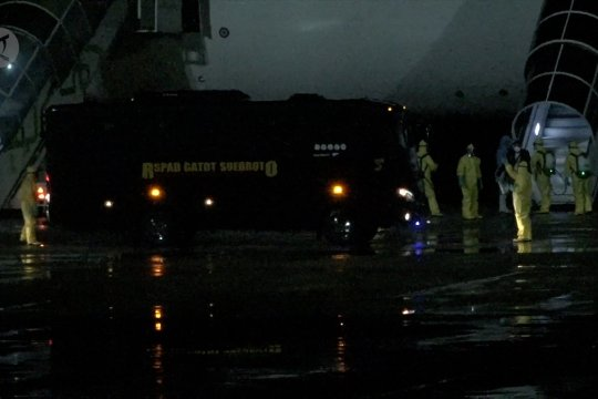 69 WNI kru Diamond Princess tiba di Bandara Kertajati