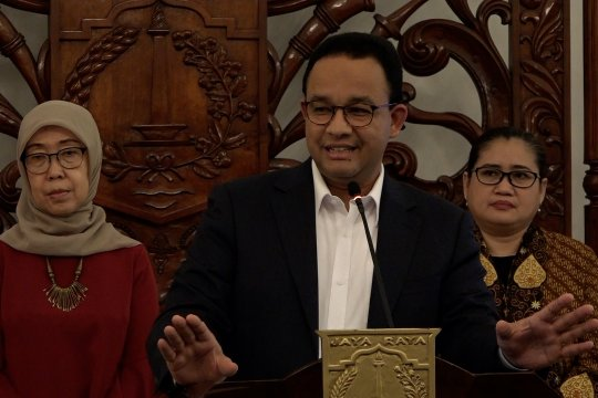 Anies tutup seluruh sekolah 14 hari dan undur UN wilayah Jakarta