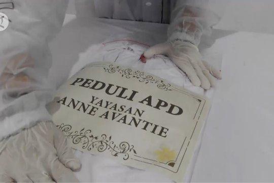 Anne Avantie produksi APD gratis untuk tenaga medis