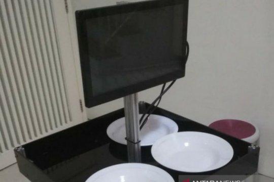 Unair dan ITS kolaborasi kembangkan robot pelayan bagi pasien COVID-19