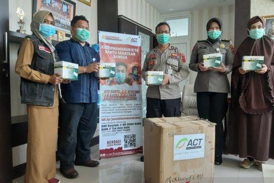 2.000 masker disalurkan ACT untuk RS Bhayangkara Jambi
