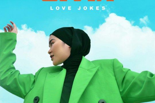 """Sivia Azizah sampaikan pesan positif di lagu """"Love Jokes"""""""