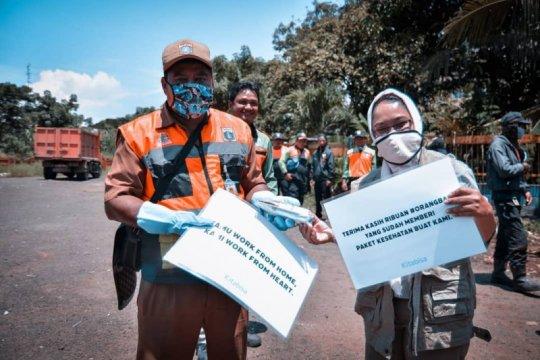 Komunitas TurunTangan Jakarta bagikan 4.000 paket kesehatan