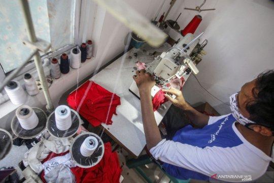 Anies bagikan 20 juta masker untuk warga DKI