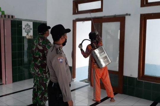 5.312 wilayah desa di Jawa Barat disemprot disinfektan