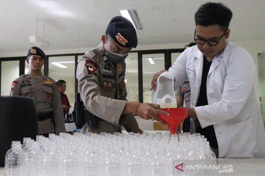 Prodi Farmasi Unud targetkan produksi 10.000 liter bio-hand sanitizer