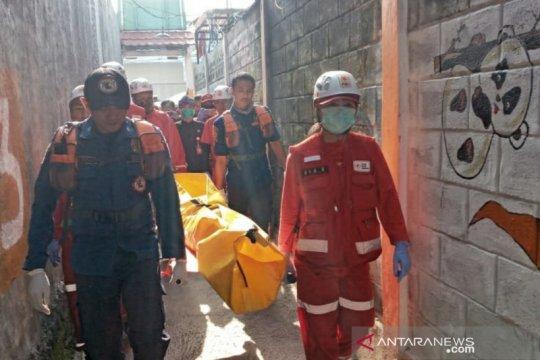 Anak yang hanyut di parit Kota Bandung ditemukan tewas