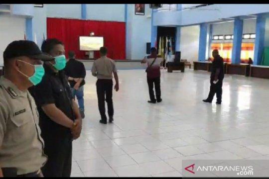 Polisi bubarkan acara pelantikan pejabat Politani Negeri Kupang