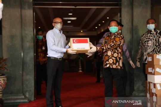 Indonesia terima ribuan alat tes COVID-19 dari Singapura
