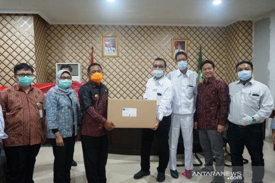Kabupaten Bekasi terima bantuan 5.000 APD untuk tangani COVID-19