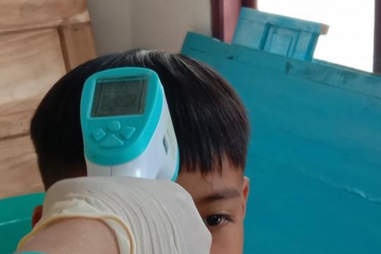 Tangani COVID-19, Lampung Timur pesan 1.000 APD tenaga medis puskesmas