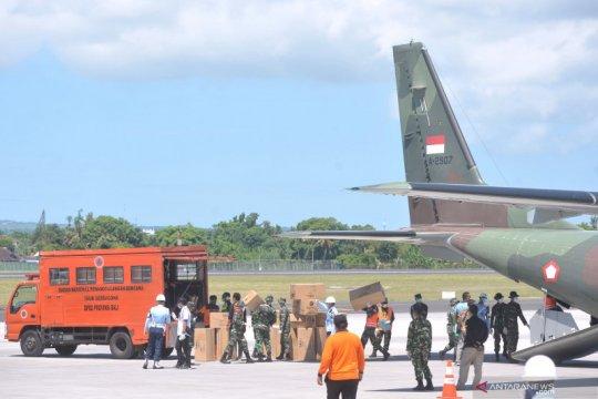 Pemerintah telah distribusikan puluhan ribu APD dan masker ke daerah