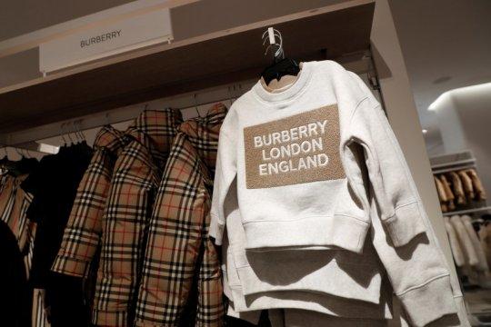Bantu perangi corona, Burberry produksi baju pelindung medis