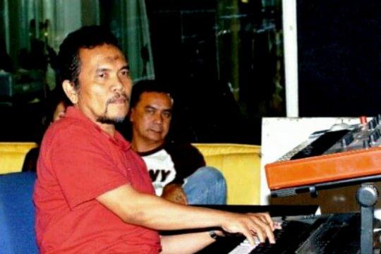 """Debby Nasution kembali hidup di album """"Menanti Hari"""""""