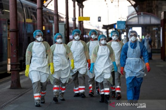Kematian akibat virus corona di Prancis capai 13.197 orang