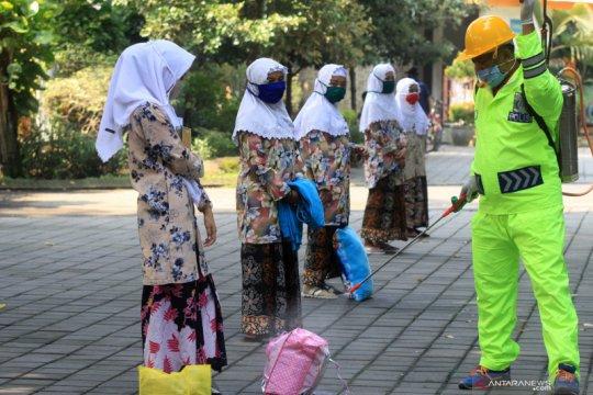 "113 santri Bali yang pulang dari Jawa jalani ""rapid test"""