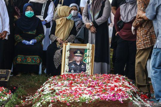 Pemakaman Wakil Jaksa Agung Arminsyah yang kecelakaan di tol Jagorawi
