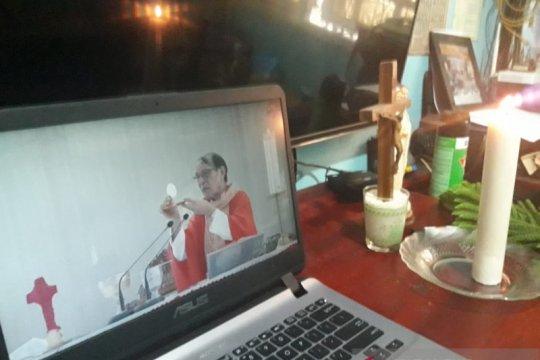 Uskup Agung Kupang berdoa khusus untuk korban corona virus