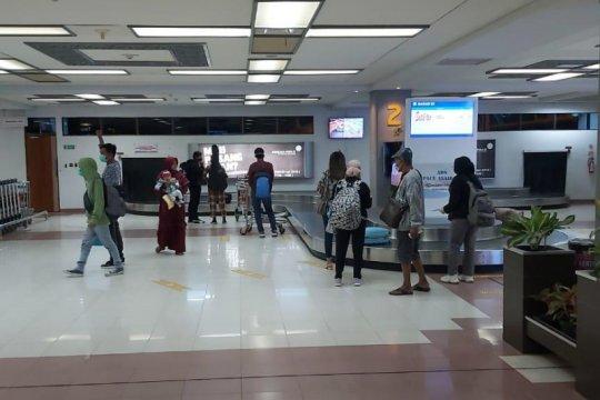 Penumpang pesawat di Bandara Minangkabau turun drastis