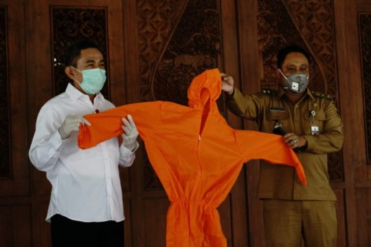 Pemkab Pati terima bantuan 1.000 APD untuk penanganan pasien corona