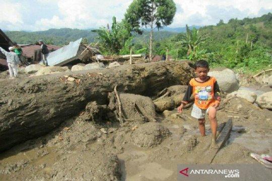 Banjir bandang terjang Kecamatan Kulawi di Sigi