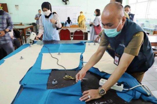 48 SMK di Jatim hasilkan 2.500 APD bantu penanganan COVID-19