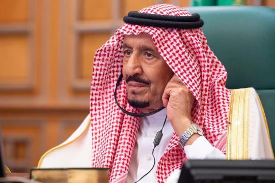 Raja Salman periksakan kesehatan di rumah sakit