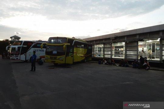 Terminal Tanjung Priok sepi penumpang