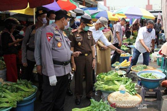 Kapolda berjanji tindak penimbun sembako di Malut