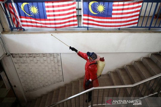 Empat negara penyumbang terbesar Malaysia saat COVID-19