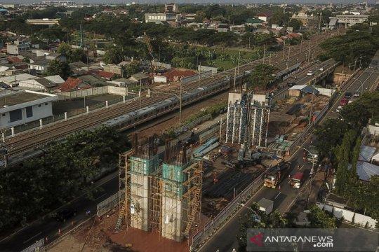 Pembangunan jalan simpang tak sebidang di Cakung