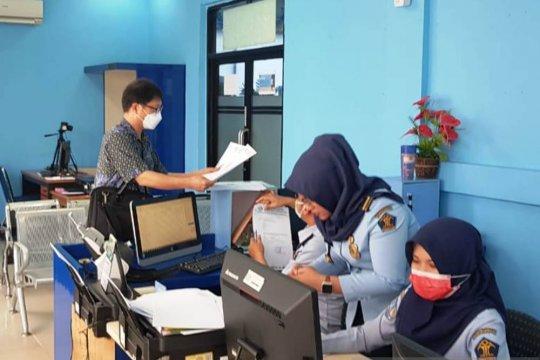 Imigrasi Palembang berikan izin keadaan terpaksa warga China