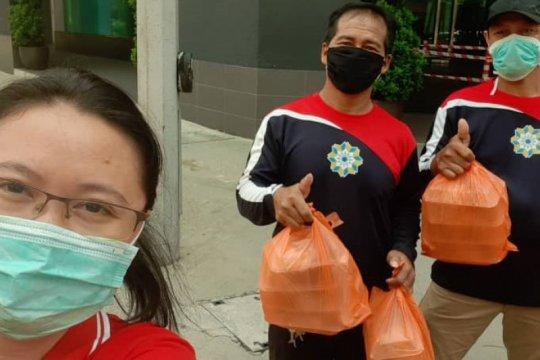 WNI asal Batam di Malaysia bantu 25 kotak nasi gratis per hari ke TKI