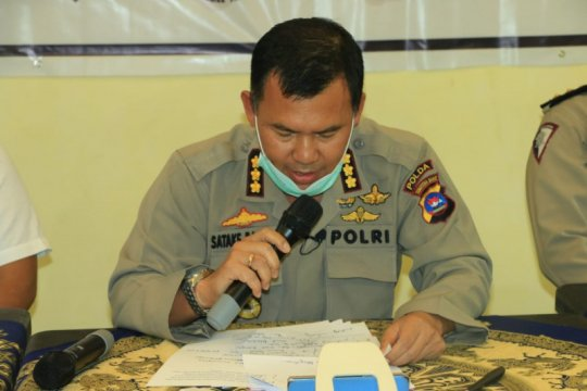 Polda Sumbar tangkap lima pelaku tambang emas ilegal