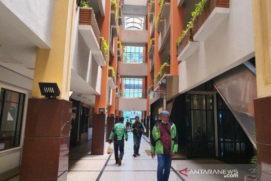 Jelang PSBB, hampir 50 persen toko di Setiabudi One tutup