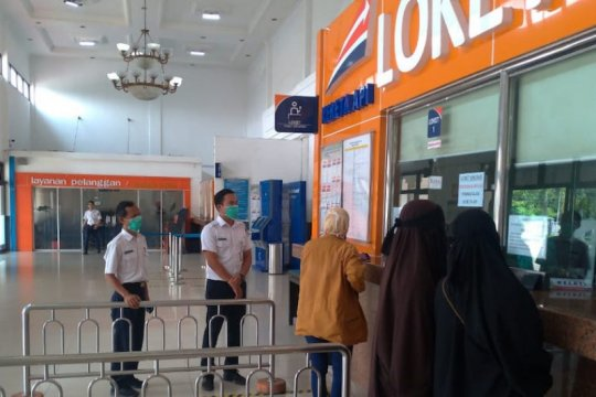 KAI Palembang wajibkan penumpang pakai masker