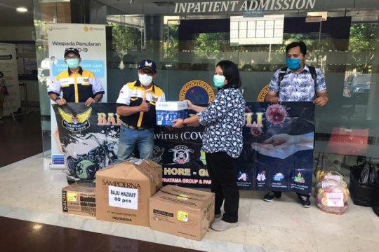 MBC Jatim sumbang baju APD Hazmat ke dua rumah sakit di Surabaya