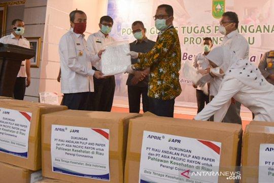 RAPP dan APR donasikan 315.450 APD untuk tenaga medis Riau