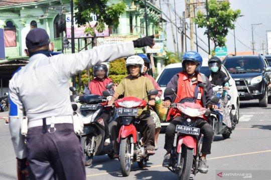 Penertiban penggunaan masker di Madiun