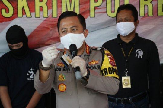 Polisi Tangerang tembak dua tersangka pengganjal mesin ATM