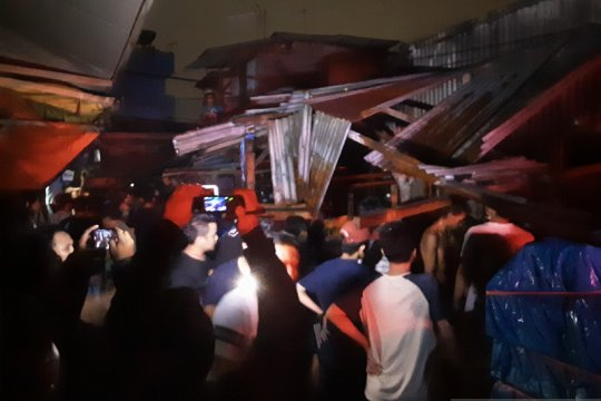 Kios terbakar di Penjaringan Jakarta Utara