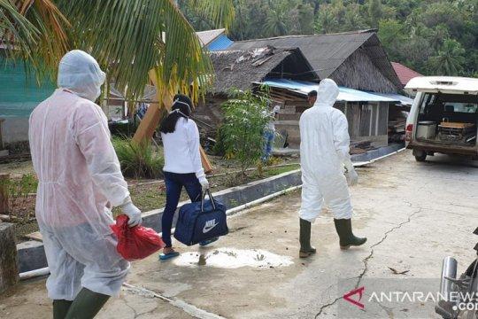 Pemkab Mentawai imbau masyarakat tak panik hasil tes cepat COVID-19